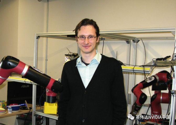 """加州大学AI实验室让机器人拥有""""童年"""",""""学会""""学习"""