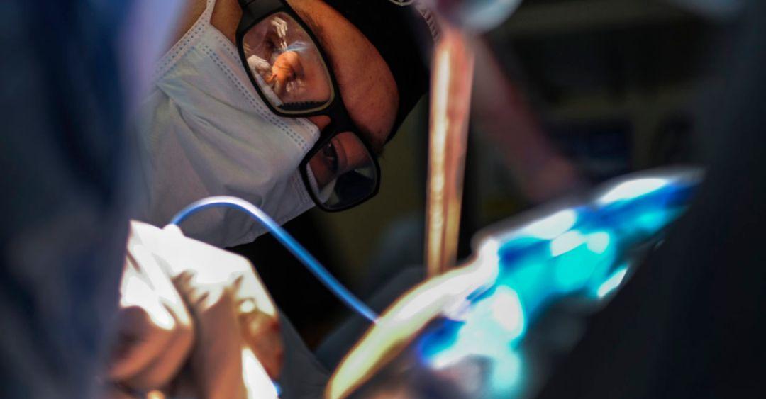 初创公司利用深度学习工具帮助骨科医生手术