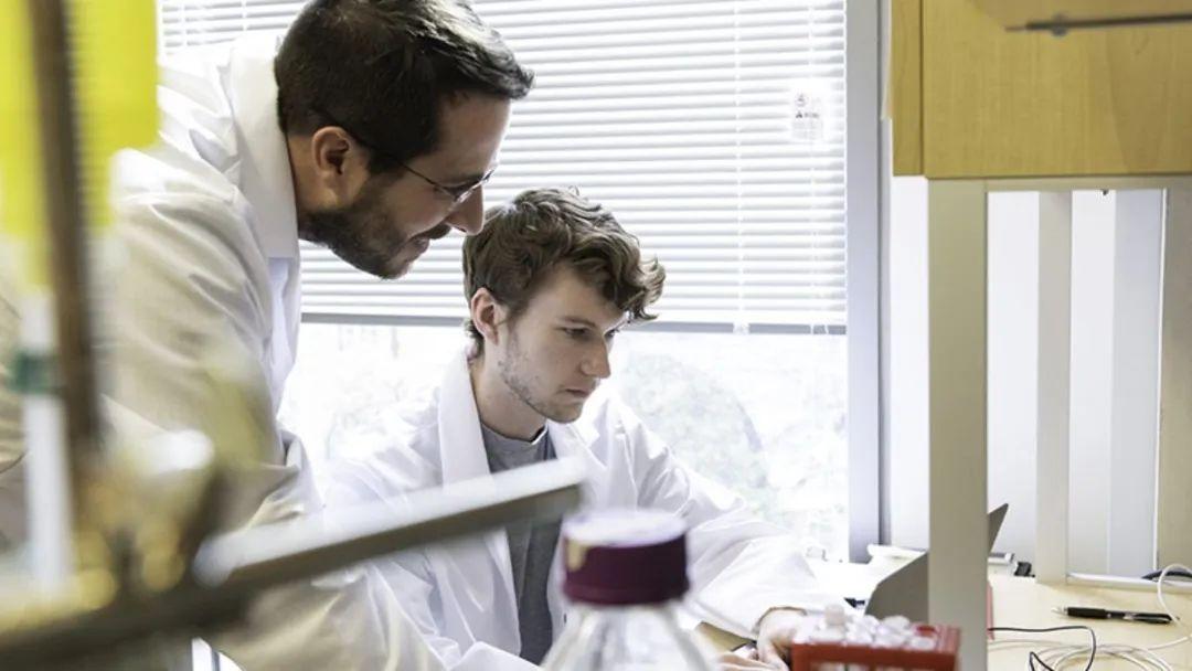GPU加速软件助力疗法开发,帮助新冠病毒研究取得新突破