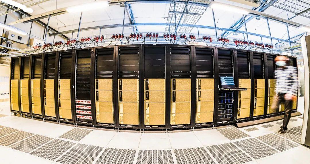 瑞典AI超级计算机落地:算力高达300 Petaflops