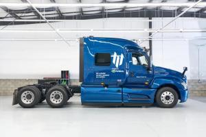 动卡车运输初创企业Embark在NVIDIA DRIVE上开发通用平台